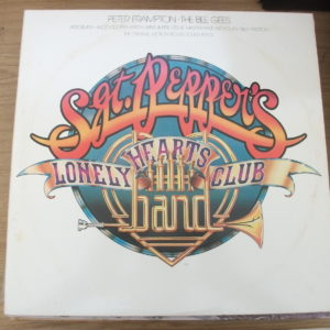 Sgt. Peppers Lonely Hearts Club Band - Various Artists (2LP)